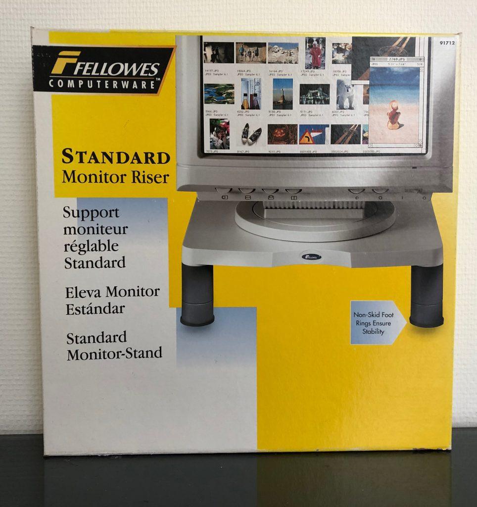 Standaard Monitor Riser met draagvermogen tot 18 kilo € 8,90